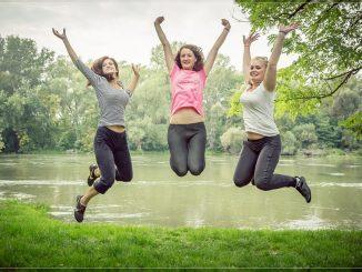 jumping-444613_960_720