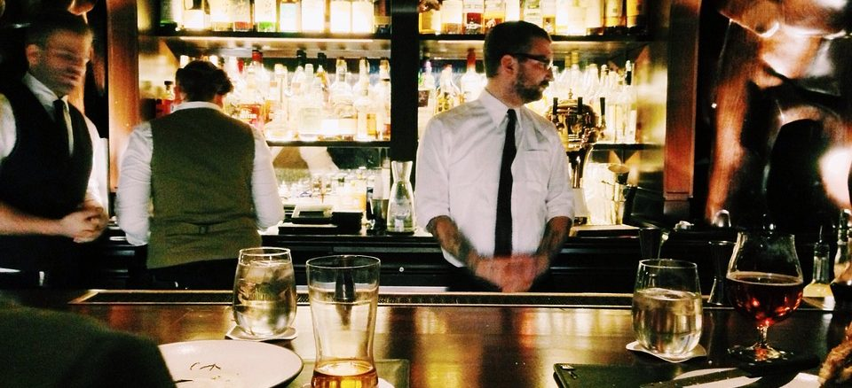 bartender canada tips